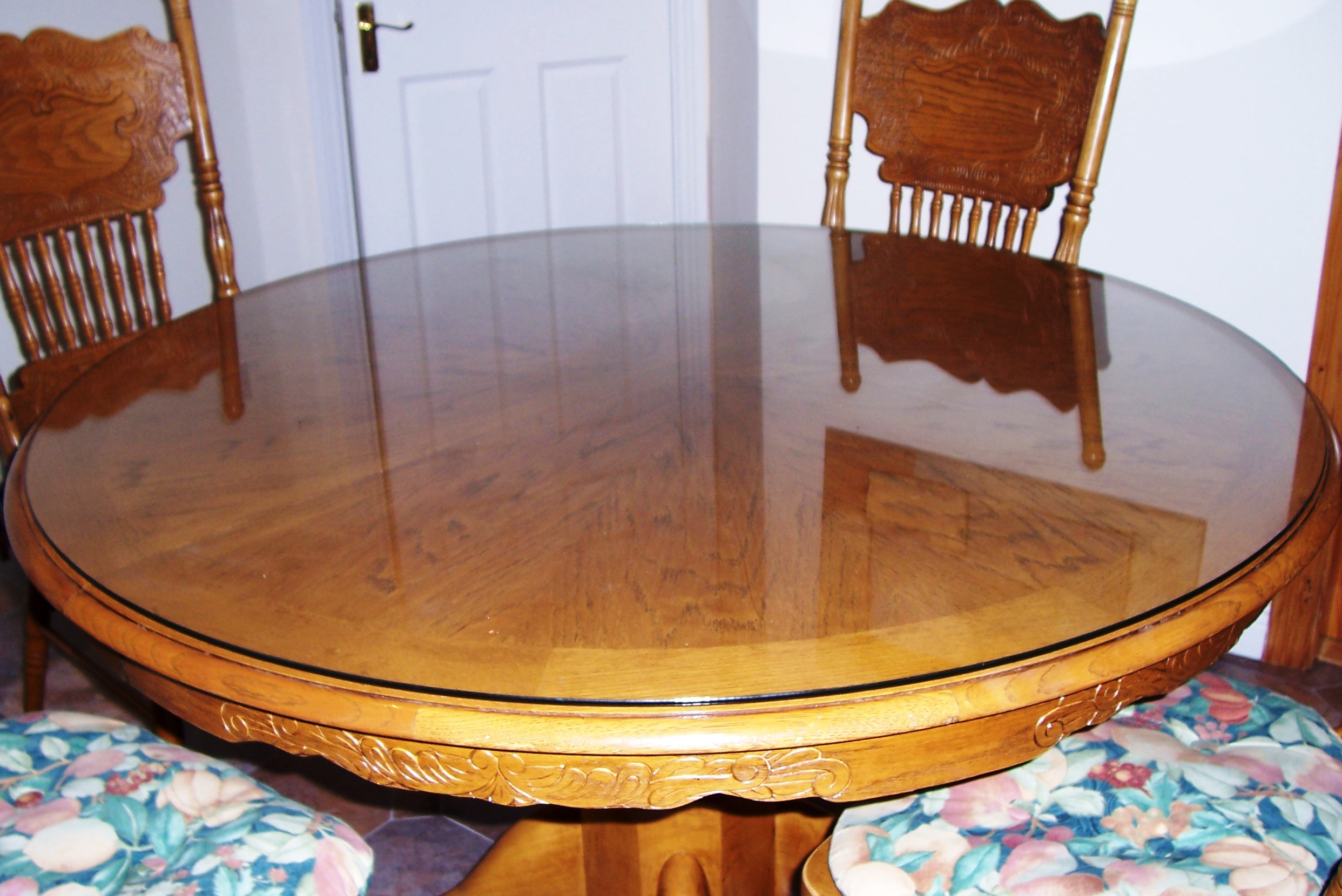 Round glass table top cut to size